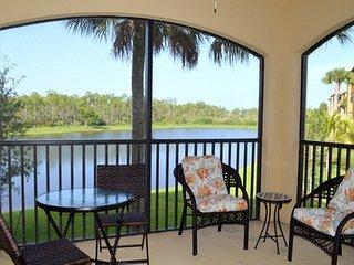 9727 Acqua Court, Apt. 428, Naples, FL, USA - Keewaydin Island vacation rentals