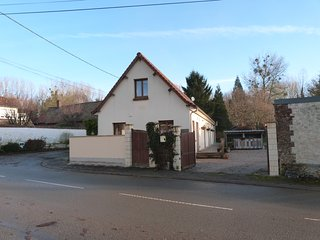 New Listing, Introductory Offer,20% reduction if booked before end February - Montreuil-sur-Mer vacation rentals