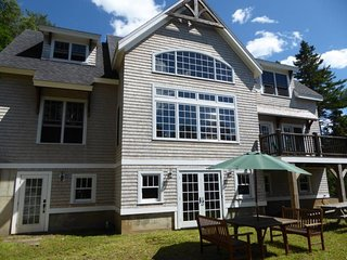 Stunning Post and Beam, offering waterfront privacy - Cushing vacation rentals
