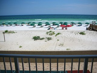 Beachfront 2BR with heated pool, tennis, shuffleboard, and gym! - Fort Walton Beach vacation rentals