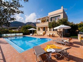 Elegant summer Villa for relaxing vacations - Aptera vacation rentals
