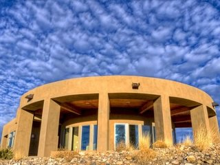 Spectacular Views of Abiquiu Lake and Ghost Ranch - Abiquiu vacation rentals