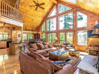 The Hive Luxury Mountain Log Home at Shawnee Peak / Moose Pond - Bridgton vacation rentals