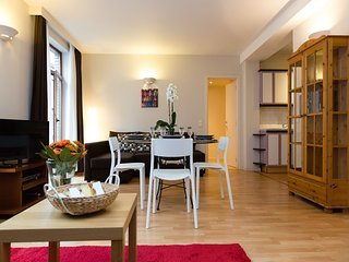 Patriotes Luxembourg - Nice flat in the heart of EU district - Brussels vacation rentals