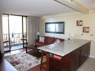 Newly Renovated 1-bedroom, Waikiki Vacation Rental, Sleeps 5 - Kahala vacation rentals