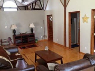 2 bedroom Penthouse with Deck in Lynnville - Lynnville vacation rentals