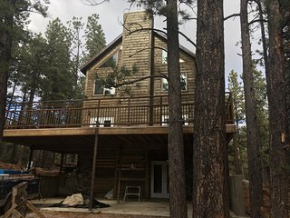 Majestic 7+ Bedroom Mountain Lodge at the foot of the Mountains - Monticello vacation rentals