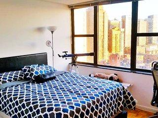 AMAZING VIEW!! LUXURY BUILDING!! BEST LOCATION - New York City vacation rentals