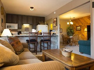 Sleeps 10 LakeTahoe Village SL348AB - Stateline vacation rentals