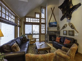 4 BR Beautiful Penthouse-Summer Heated Pool-Ski in and out-Fireplace - Telluride vacation rentals