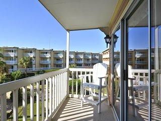 BC's Beach Condo-Victorian 6208 - Galveston Island vacation rentals