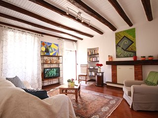 Perfect 2 bedroom House in Cadegliano Viconago - Cadegliano Viconago vacation rentals