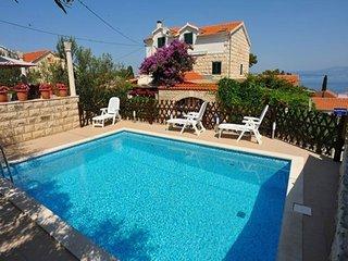 Jerko Bera A2(3+1) - Sutivan - Sutivan vacation rentals
