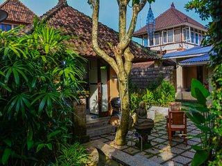 griya Sriwedari standard room in the middle ubud centre - Ubud vacation rentals