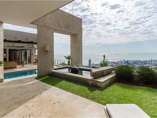 Nice 5 bedroom Fresnaye Villa with Deck - Fresnaye vacation rentals