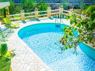 trullo Marilena - Ostuni vacation rentals