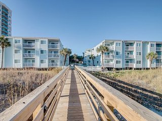 2bd/2ba ocean view condo in an oceanfront, three story building - North Myrtle Beach vacation rentals