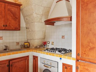 Beautiful house in the historic centre of Surano, Puglia, with 4 bedrooms, air con & rooftop terrace - Surano vacation rentals