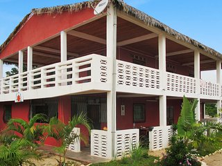 Seaside apartment in north-west Madagascar w/ garden & terrace – 100m from Amborovy Beach - Mahajanga vacation rentals
