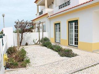 4 bedroom House with Internet Access in Atouguia da Baleia - Atouguia da Baleia vacation rentals