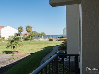 Holiday Island #B16 | Modern condo with shared pool and dock - Tierra Verde vacation rentals