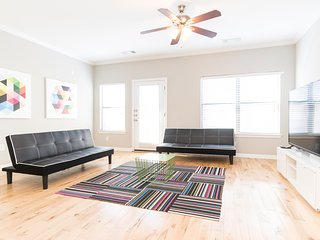 Amazing Party Apartment Downtown - Austin vacation rentals