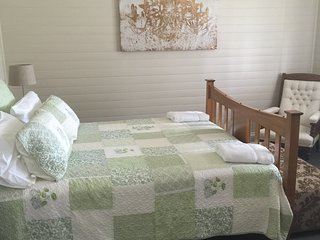 Edgeworth street Manor - Cessnock vacation rentals