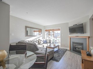 'Glaciers Reach' 2 bedroom w/ private hot tub steps from the Village! - Whistler vacation rentals