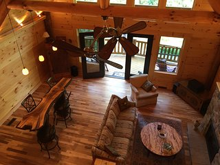 Brand New Log Cabin...Close to Asheville! - Asheville vacation rentals