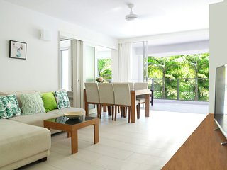 Drift Private Apartment 2202 - Palm Cove vacation rentals