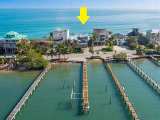 """Family Tides"": Ocean-to-River SE Florida Beach House 7BR/6 BA, +Pool +Priv.Dock - Stuart vacation rentals"