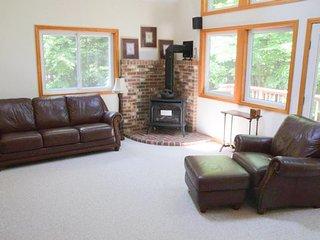 Lake Winnipesaukee - Beach Access - 140 ~ RA130333 - Moultonborough vacation rentals