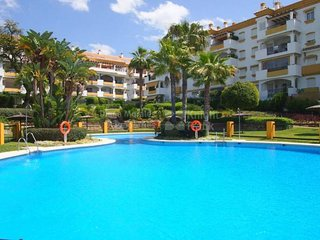 BONITO APARTAMENTO EN MARBELLA, NAGÜELES - Marbella vacation rentals