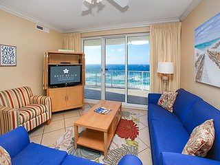 OPEN 6/17-6/24!GOING FAST CALL NOW! BEACHFRONT FOR 6! NEW DECOR! BEAUTIFUL! - Panama City Beach vacation rentals