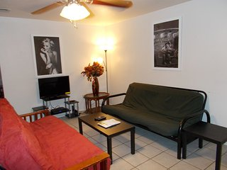 Manage Best Deal N Town #4 of #5-2 bedroom Fits up to 10! - Gainesville vacation rentals
