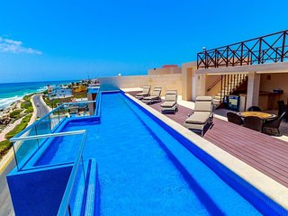 Oceanfront Condo Isla Mujeres - Special Rate January Only! - Isla Mujeres vacation rentals