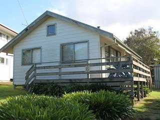 Nice 2 bedroom Vacation Rental in Smiths Beach - Smiths Beach vacation rentals