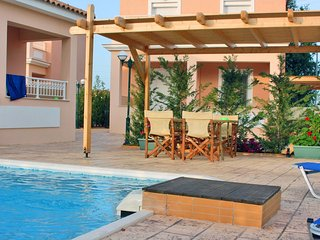 Lorenzo Villas 1-Bedroom villa with Private Pool - Agios Sostis vacation rentals