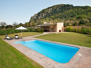 Villa with private pool walking distance to Pollensa old town - Pollenca vacation rentals