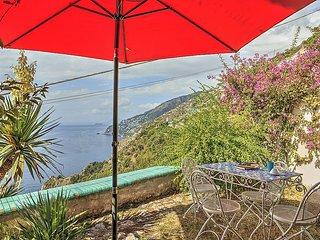 Appartamento Vaniglia B - Conca dei Marini vacation rentals