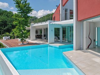 Luxury multi-activities house with WiFi, a furnished terrace and swimming pool - Saint-Désirat vacation rentals