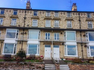 15D THE BEACH third floor apartment, sea views, WiFi, beach opposite, in Filey - Filey vacation rentals