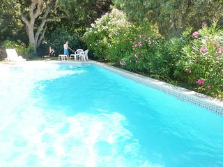 Beautiful villa near La Croix-Valmer with a separate cottage and swimming pool - 2km from the beach! - La Croix-Valmer vacation rentals