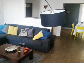 Modern apartment in picturesque Sartène with gorgeous views and WiFi - 10 minutes from the beach! - Sarthe vacation rentals