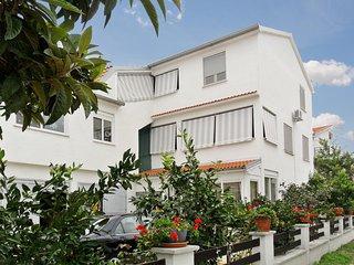 Dalmatian Coast apartment w/ garden & sea view, near Zadar - moments from beach - Petrcane vacation rentals