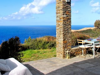 Luxurious 3-bedroom villa and guest house overlooking the Aegean Sunset Sea with WiFi and a pool! - Cherronisos vacation rentals