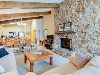 Beaver Creek West condo w/ shared pool, hot tub, and shuttle to the slopes - Avon vacation rentals