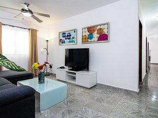 Cosy 3BR House -Zona Colonial- at the Park - Santo Domingo vacation rentals