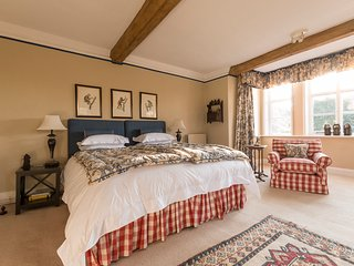B&B at The Grange. The Monkey Room - Frampton on Severn vacation rentals