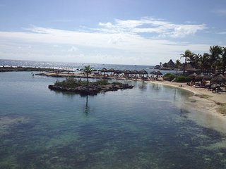 Room a few steps from the sea. - Puerto Aventuras vacation rentals